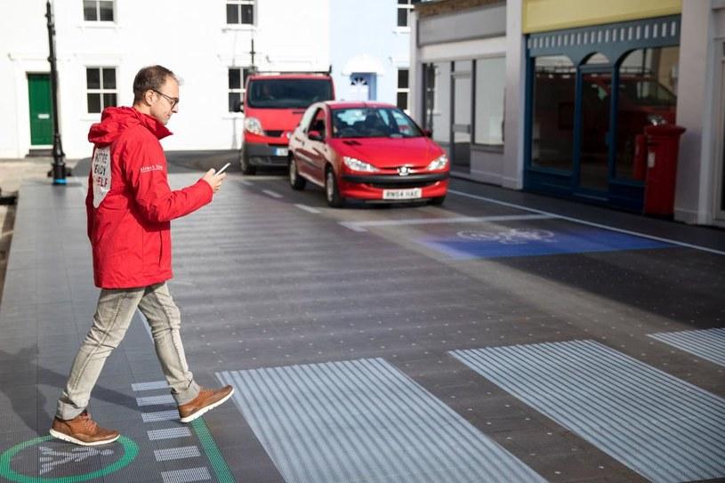 Interaktywne przejście dla pieszych /