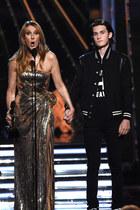 Internautki szaleją za synem Celine Dion. 15-latek podbił sieć