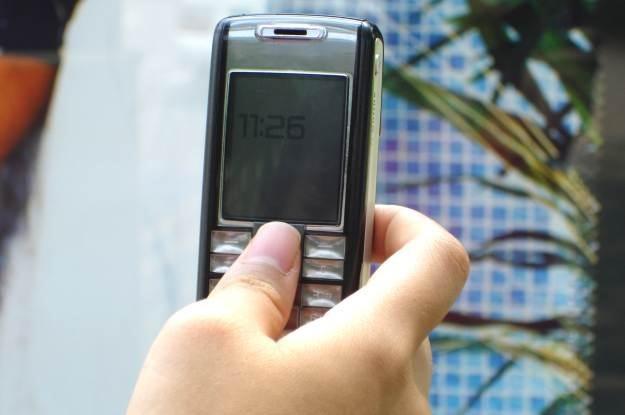 Internet w telefonie może prowadzić do rekordowych rachunków   fot. Sandeep Nair /stock.xchng
