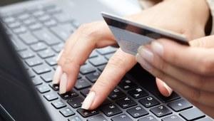 Internetowe zakupy Polaków - kobiety bardziej racjonalne