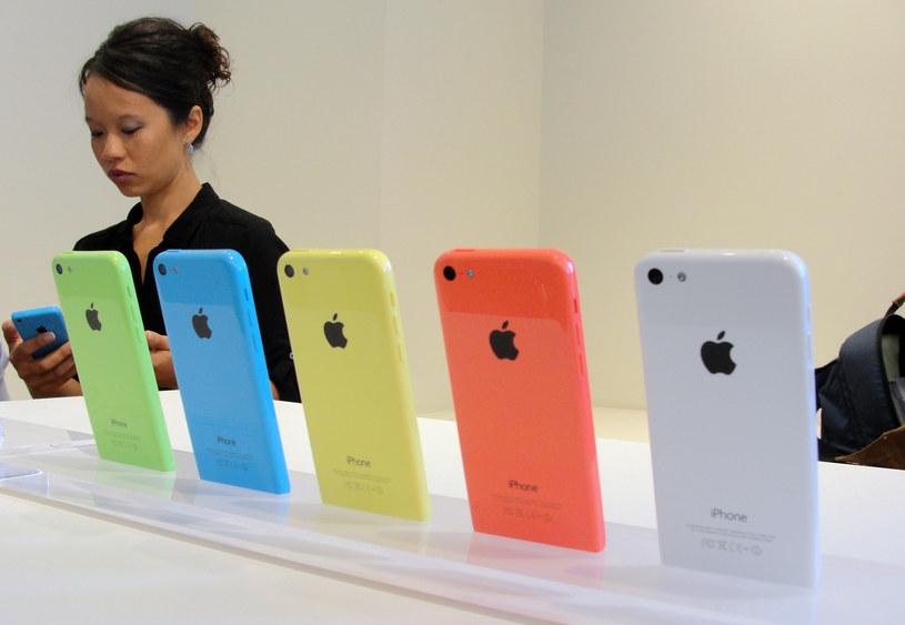 iPhone 5c zaprezentowany na konferencjii Apple /AFP
