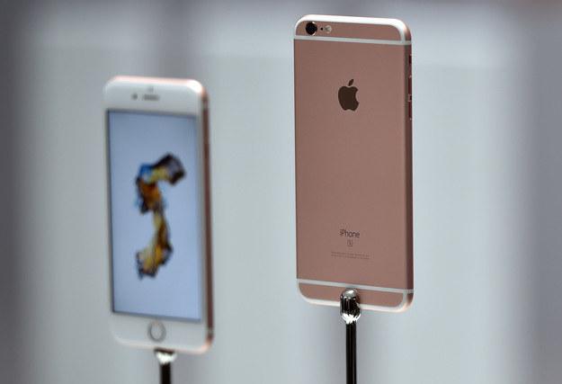 iPhone 6s czeka na następcę /AFP