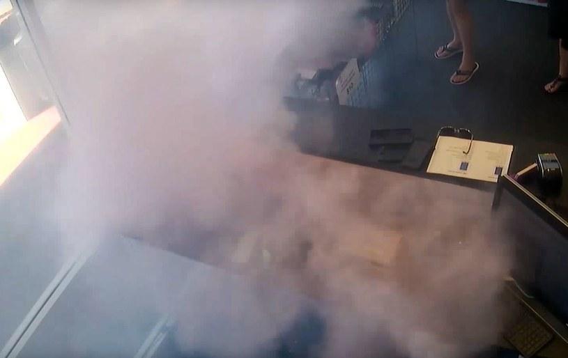 iPhone 6S zapalił się w rękach klienta /YouTube /Internet