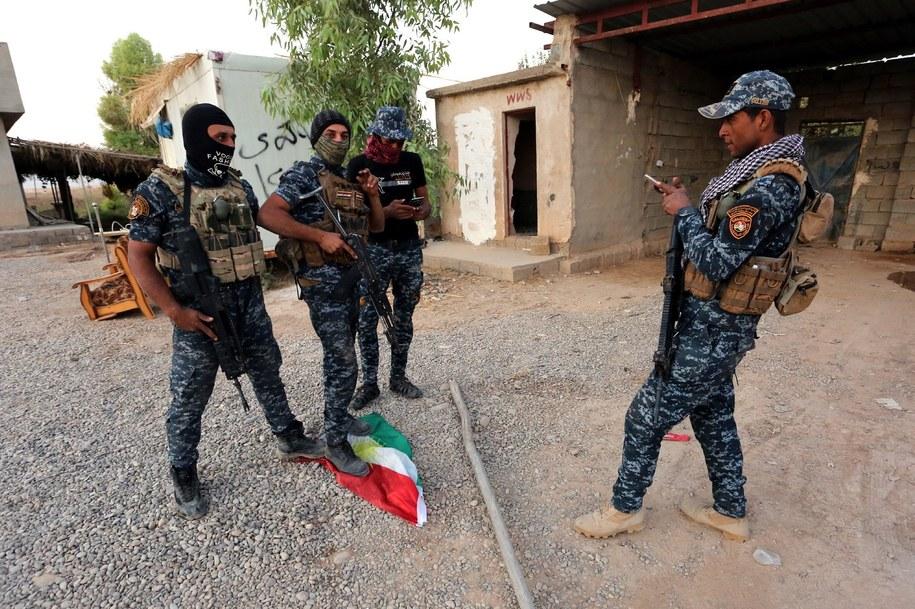 Iraccy żołnierze w Kirkuku /MURTAJA LATEEF /PAP/EPA