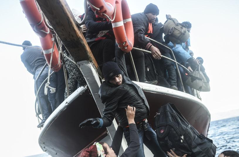 IS chce wysadzić w powietrze statek pełen uchodźców /AFP