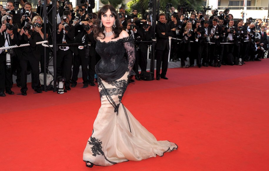 Isabelle Adjani, podobnie jak Catherine Deneuve, stała się ikoną lat 80. /Christophe Karaba /PAP/EPA