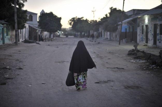 Islamiści ukamienowali kobietę. Za cudzołóstwo