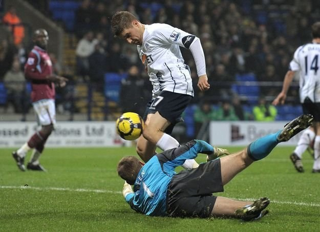 Ivan Klasnić na dłużej zostanie w Boltonie /AFP