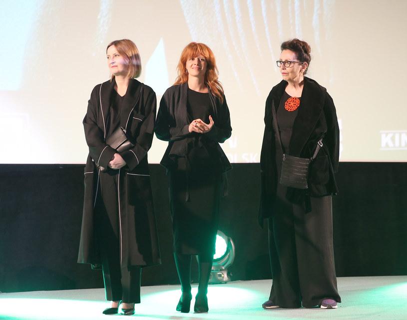 Iza Kuna, Karolina Gruszka, Marie Noëlle /Jasinski Z /ONS
