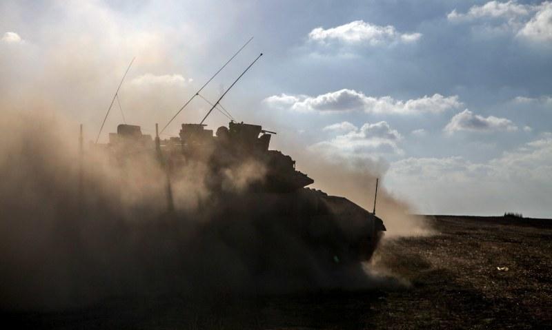 Izraelski żołnierz i 23 Palestyńczyków  zginęło podczas ofensywy w Strefie Gazy /Fot. STR/PAP/EPA /PAP/EPA