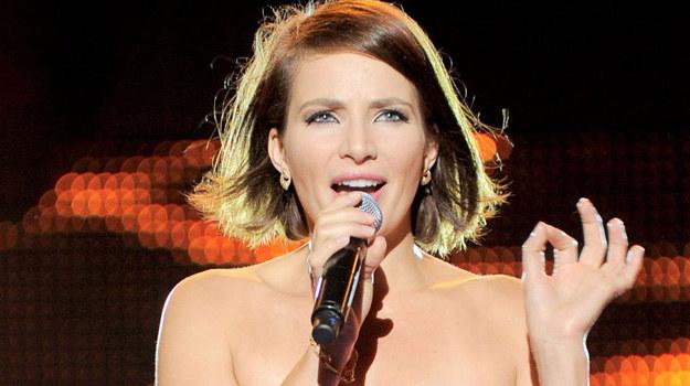 - Ja po prostu lubię śpiewać! Śpiewanie sprawia mi wielką frajdę i daje ogromną satysfakcję - mówi Anna Dereszowska. /Agencja W. Impact