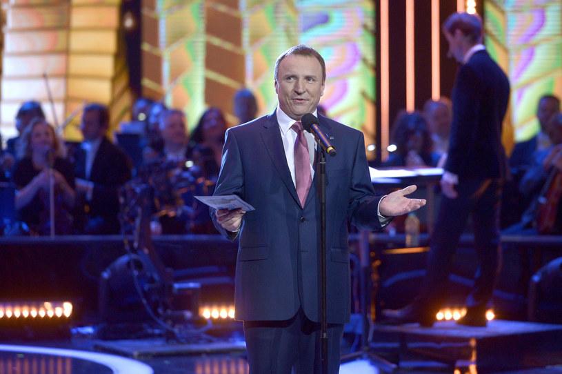 """Jacek Kurski nie zdejmuje z anteny """"Na dobre i na złe"""" /Piętka /AKPA"""