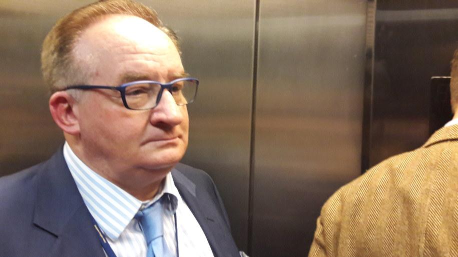 Jacek Saryusz-Wolski jechał wspólnie z dziennikarzami windą /KAtarzyna Szymańska-Borginon /RMF FM