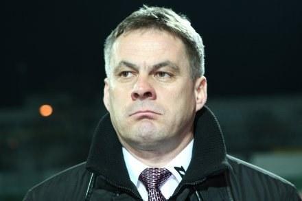 Jacek Zieliński nie miał wesołej miny, kiedy od pracownika klubu dowiedział się o zwolnieniu /Agencja Przegląd Sportowy