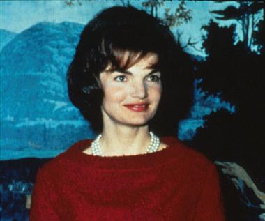 Jacqueline Kennedy Onassis: Mistrzyni pozorów i dyskrecji