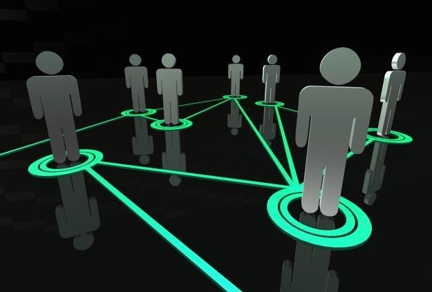 Jacy są użytkownicy serwisów społecznościowych? /stock.xchng