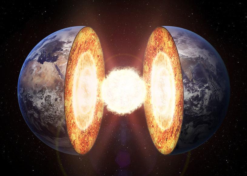 Jądro Ziemi nie składa się tylko z żelaza /123RF/PICSEL