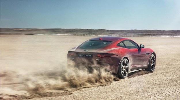 Jaguar F-Type R Coupe AWD /Jaguar