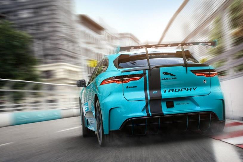 Jaguar I-PACE e-TROPHY /