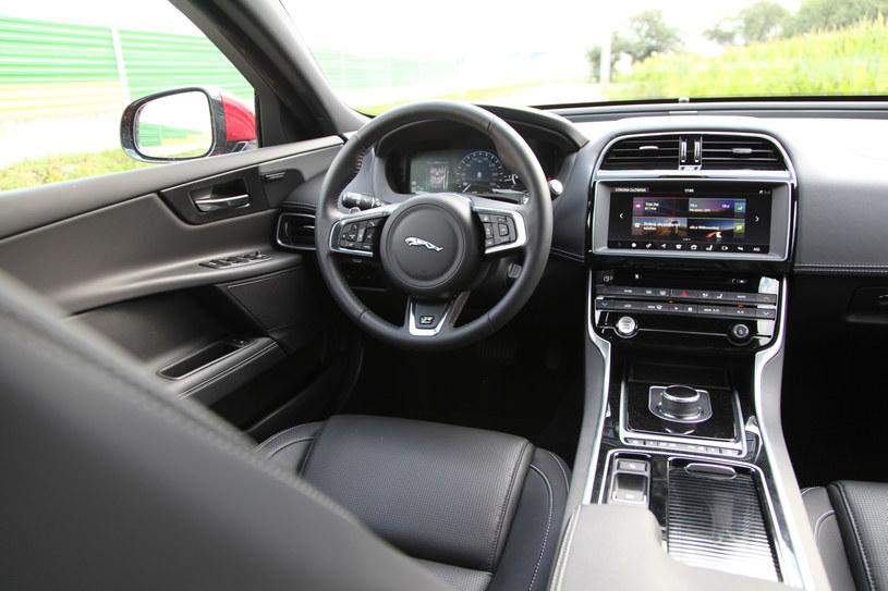 Jaguar XE 25d AWD R-Sport /INTERIA.PL