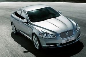 Jaguar XF / Kliknij /poboczem.pl