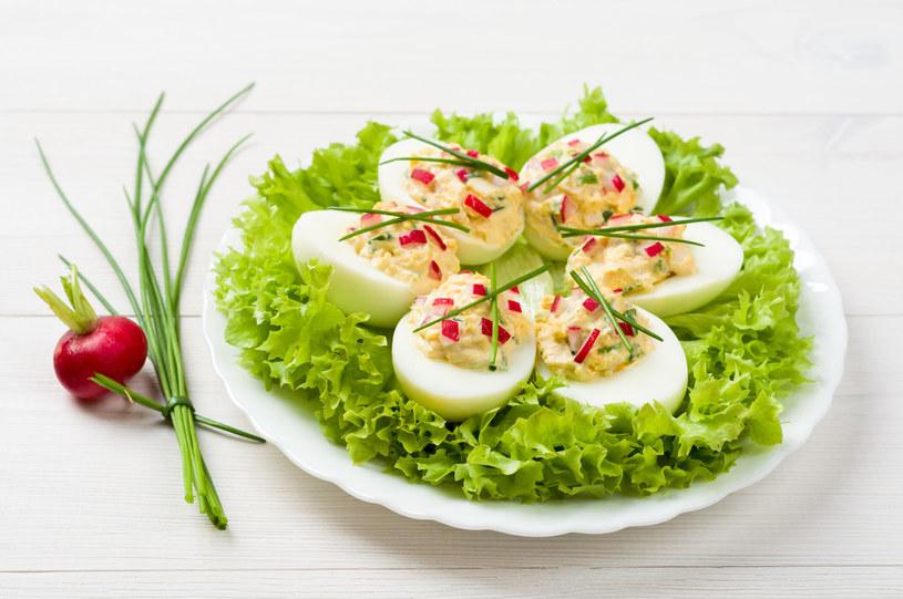 Jajka nadziewane /123RF/PICSEL