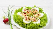 Jajka z wiosenną pastą
