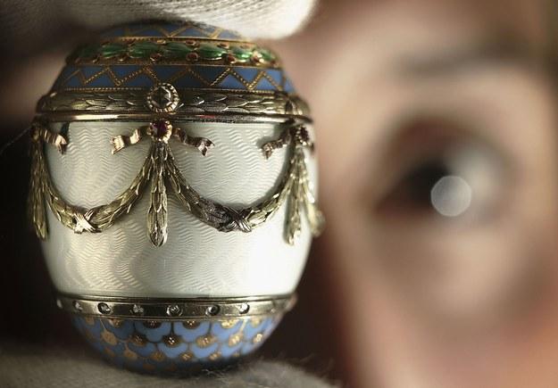 Jajo Faberge na aukcji w Christie's /Getty Images