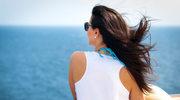 Jak chronić włosy podczas lata