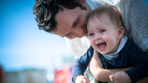 Jak mężczyźni uczą się ojcostwa?