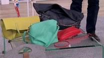 Jak należy nosić torebkę?