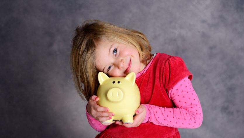 Jak nauczyć dziecko gospodarować pieniędzmi?