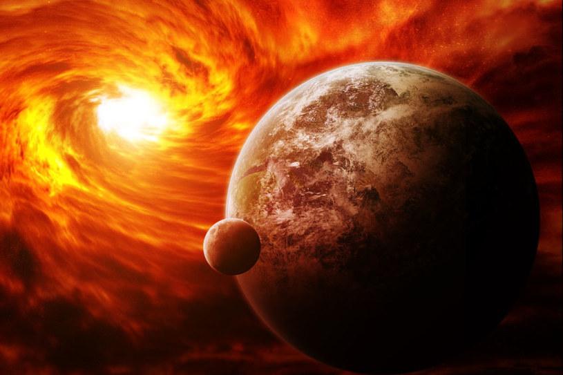Jak odnaleźć życie pozaziemskie? Czy dobrze go szukamy? /123RF/PICSEL