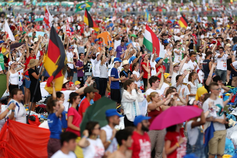 Jak podają organizatorzy, w mszy posłania uczestniczy 2,5 mln osób /RMF
