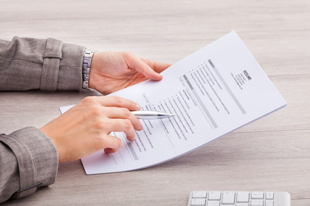 Jak poprawnie napisać CV? /123RF/PICSEL