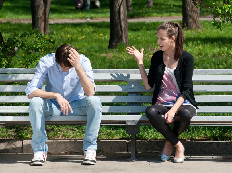 Jak powinna wyglądać normalna rozmowa w związku /©123RF/PICSEL