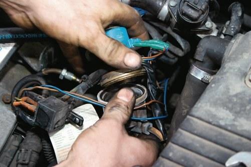 Jak pozbyć się instalacji gazowej z samochodu? /Motor