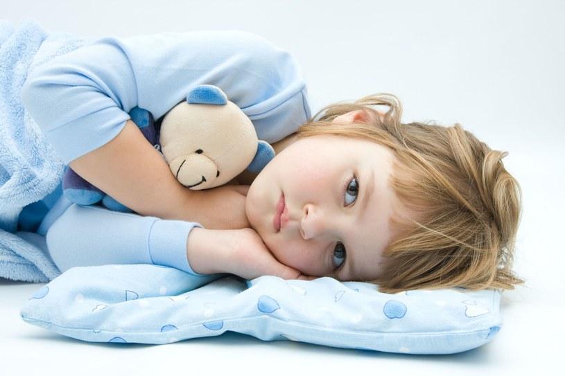 Jak prawidłowo leczyć infekcje gardła? /123RF/PICSEL