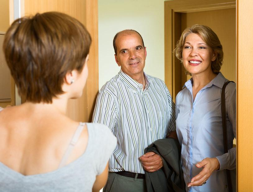 Jak przygotować dom do przybycia gości na noc? /©123RF/PICSEL