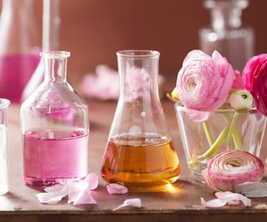 Jak to jest zrobione? Analiza składników perfum