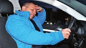 Jak walczyć z sennością za kierownicą? Przegląd stymulantów