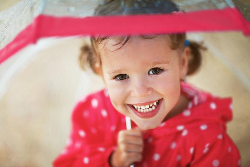 Jak wychować szcześliwe dziecko? To nie jest takie trudne /©123RF/PICSEL
