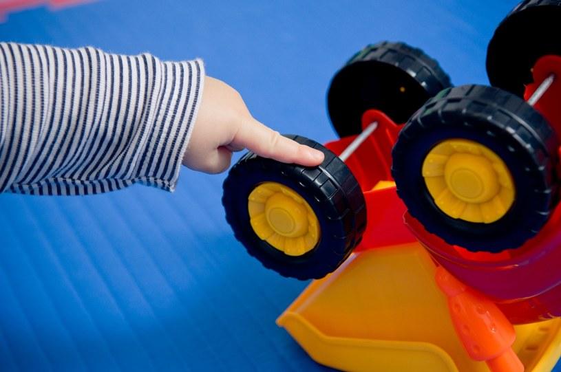 Jak wygląda edukacja dzieci z zespołem Aspergera? /123RF/PICSEL