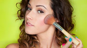 Jak wykonać letni makijaż
