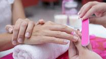 Jak zadbać o paznokcie w podróży?