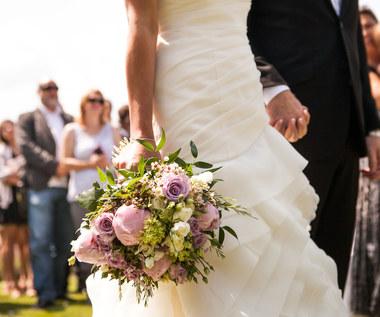 Jak załagodzić konflikty ślubne z rodziną?