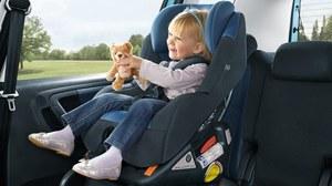 Jak zamontować fotelik dla dziecka?