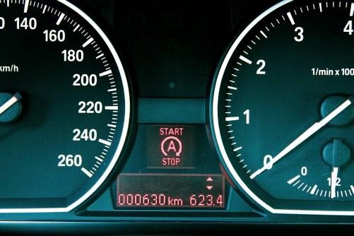 Jak zapala samochód z systemem start&stop? /Motor