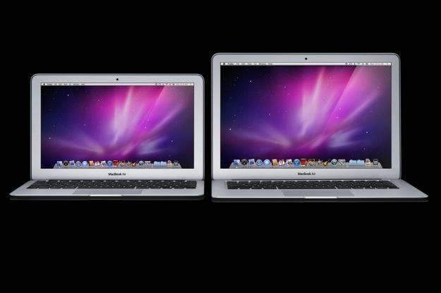 Jak zawsze, także w tym przypadku, oba nowe Macbooki Air prezentują się świetnie /materiały prasowe