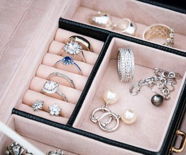 Jaką biżuterię wybrać na prezent?